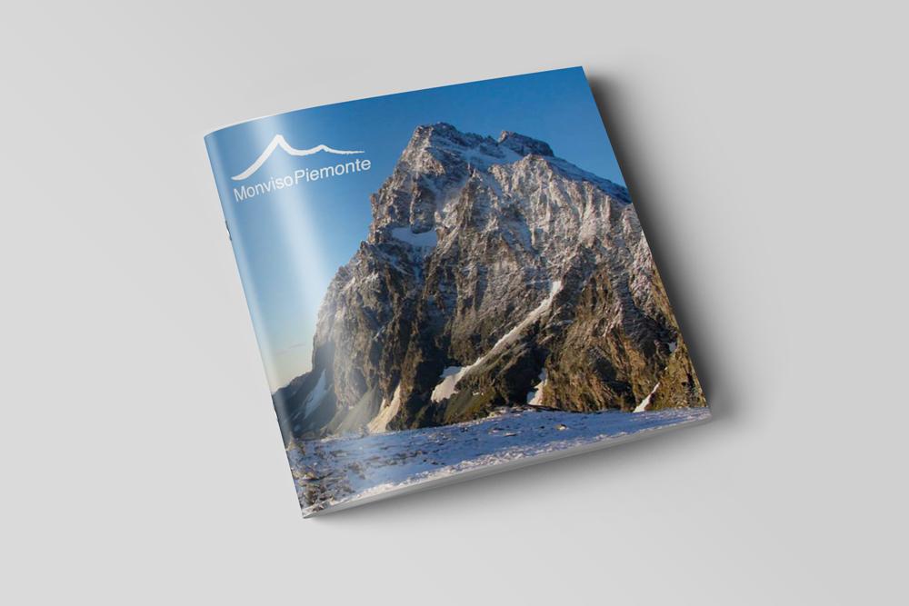 Scopri-le-valli-occitane-MonvisoPiemonte-BrochureA4-Mockup1