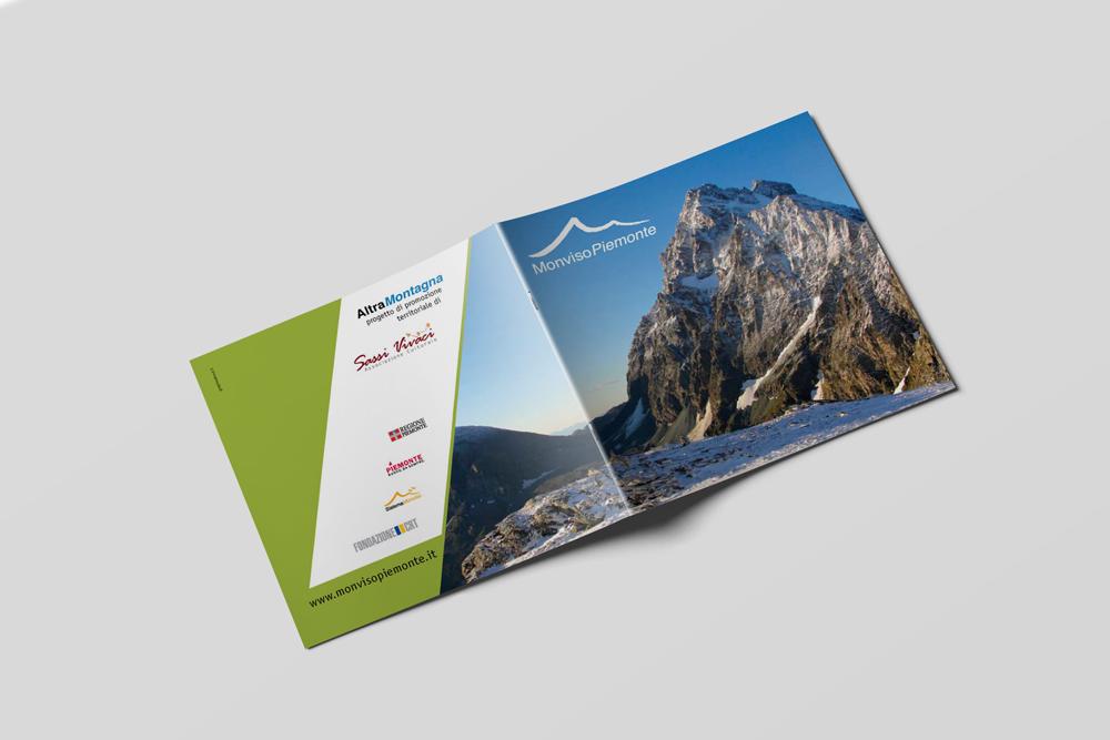 Scopri-le-valli-occitane-MonvisoPiemonte-BrochureA4-Mockup3